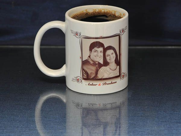 Personalized photo mugs  for valentines in India