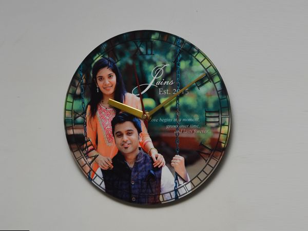 Custom made round clock in Chennai. print your photos on clocks