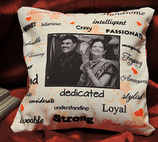 Photo cushions, valentine photo pillows. Delivery to Mumbai, Delhi, Bengaluru, Chennai and rest of India.